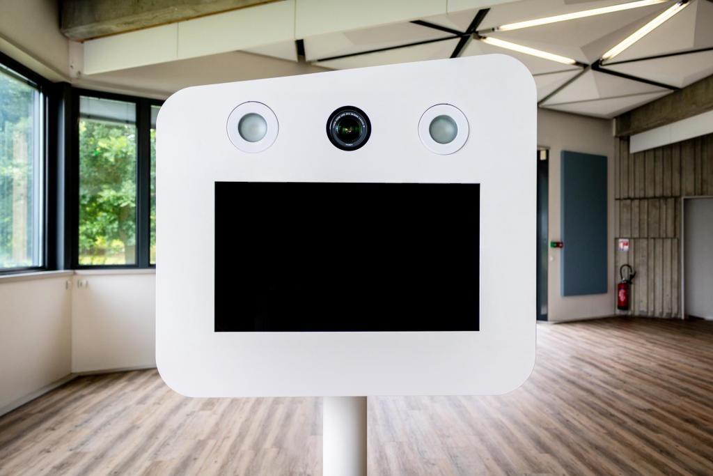 Borne à selfie - Photo Booth - location - Herault 34 - sete - Montpellier